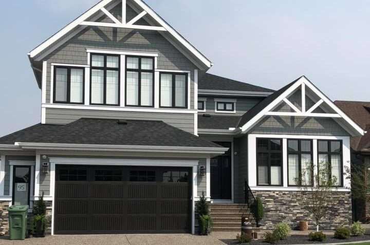 Wood Siding Painting Calgary - Outdoor Services Page